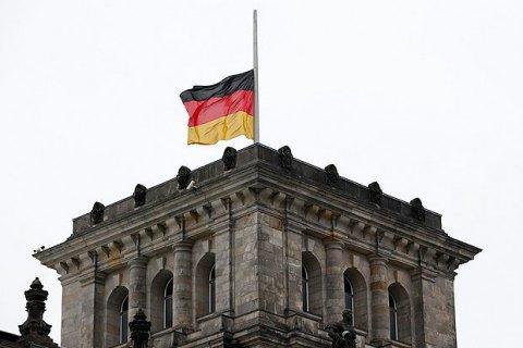 """""""Велику коаліцію"""" в Німеччині підтримує лише третина німців"""