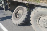 У Березному через вибух колеса попутної вантажівки загинув пішохід