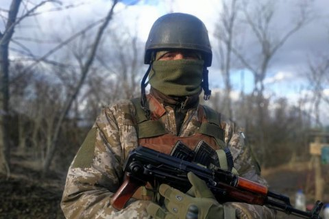 В зоне ООС оккупанты восемь раз нарушили режим прекращения огня