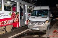 У Дніпрі п'яний водій мікроавтобуса збив чотирьох людей