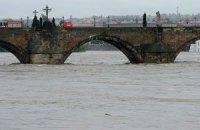 В Венгрии эвакуируют сотни человек из-за угрозы потопа
