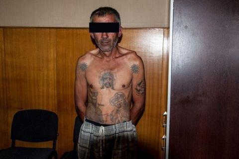 Ґвалтівник 15-річної дівчинки отримав у Миколаївському СІЗО смертельні травми