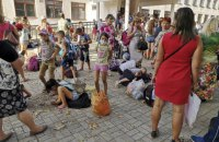 Школы в Армянске возобновили работу после выбросов