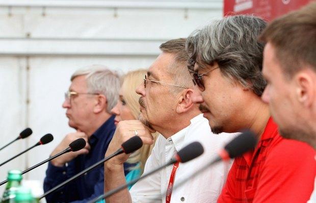 "Команда фильма ""Плен"" на пресс-конференции"