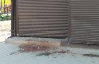 В Тернополе мужчина ранил из пистолета двух посетителей кафе