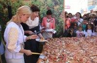 Светличная с послами открыли Большую Слобожанскую ярмарку в Харькове