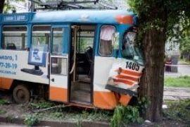 Трамвай сошел с рельс в Днепропетровске. Есть пострадавшие