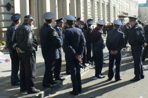На вулиці Львова вивели підсилені підрозділи міліції