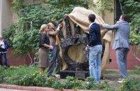 В Одессе открыли памятник Стиву Джобсу