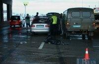 У Києві на проспекті Бажана Ford збив на смерть пішохода-порушника