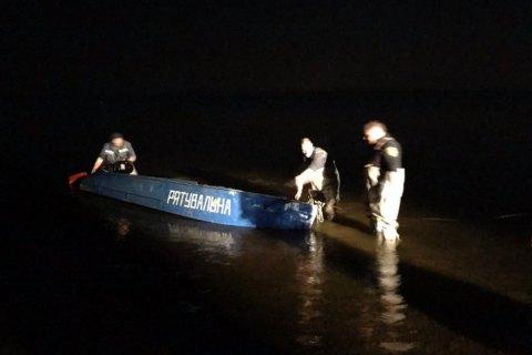 На Днепре возле Кременчуга перевернулась лодка с людьми, четверо пропавших