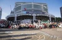 Экоактивисты блокировали вход на автосалон во Франкфурте