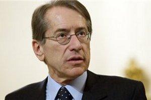 Глава МИД Италии ушел в отставку из-за несогласия с выдачей Индии морпехов