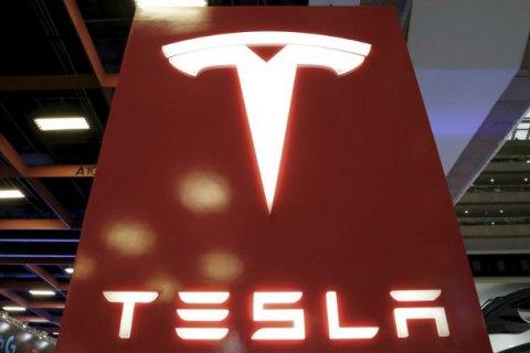 Необыкновенное ускорение песчаного багги с моторами Tesla