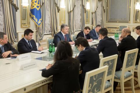 Порошенко провів зустріч із головою МЗС Франції