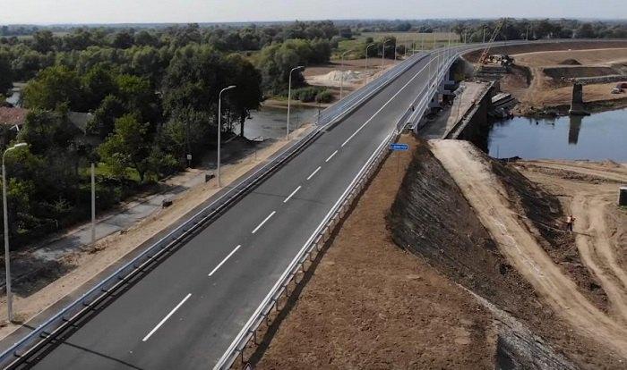 Мост через Днестр между Жидачевом и Ходоровом