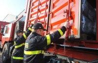 Чехія відправила в Україну чотири вантажівки з гумдопомогою