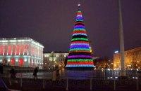 Янукович зажжет елку в день саммита с ЕС