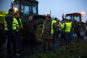 Протестующие французские фермеры спровоцировали ДТП