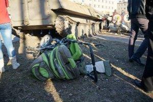В Донецкой области ограничат передвижение военной техники
