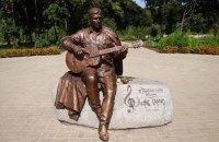 В Нежине исчез памятник Марку Бернесу