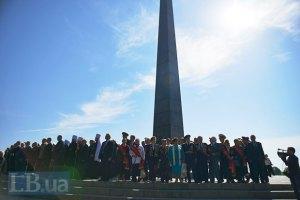"""Путин поздравил украинцев """"с освобождением от захватчиков"""""""