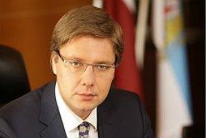 Мэра Риги заподозрили в нарушении закона из-за речи на русском языке