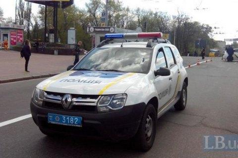 У Києві прогримів вибух на автостоянці, двоє постраждалих (додано відео)