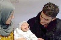 Німеччина відмовила в притулку біженцям, які назвали доньку Ангелою Меркель