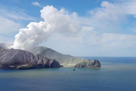 Виверження вулкана в Новій Зеландії: кількість жертв зросла до 15
