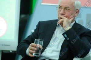 Азаров допустил лечение Тимошенко за границей