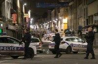 В Париже во время полицейского рейда убиты два человека