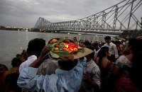 В Индии на религиозном празднике произошла давка, есть жертвы