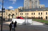 У новий фонтан на Арсенальній одразу після відкриття провалилась вантажівка