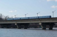 В Киеве на неделю ограничат движение по мосту через Русановский пролив