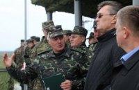 Военные просят Януковича принять меры по стабилизации ситуации в стране
