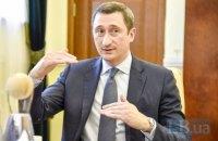 Міністр розвитку громад і територій Чернишов вимагає збільшити кількість тестувань на COVID-19 до 30 тис. на добу