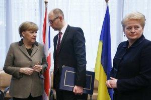 Меркель завжди права, - Яценюк