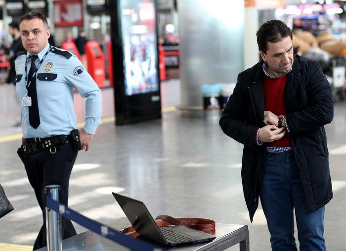 Меры безопасности в аэропорту Лондона