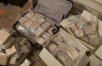 У Києві поліцейські вилучили понад 300 кг героїну
