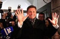 Президент Словении встретился с Меркель, Путиным и летит в Украину