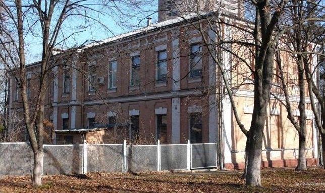 Здание бывшей конторы еврейского кладбища, где должен разместиться украинский Музей памяти жертв Бабьего Яра