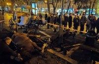 В центре Львова напуганные петардой лошади выбежали на тротуар и травмировали людей