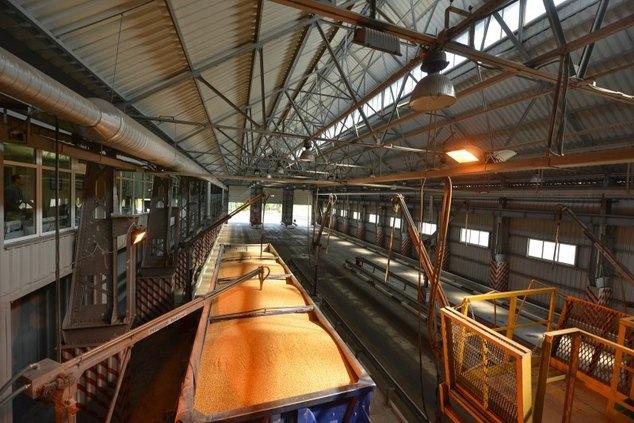 Зерновой терминал <<Нибулона>>