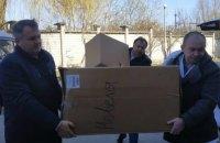 Фонд Порошенко передал партию реанимационного медицинского оборудования во Львовский областной госпиталь