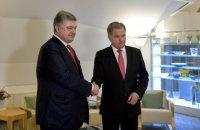 Порошенко обсудил с президентом Финляндии освобождение украинских политзаключенных в РФ