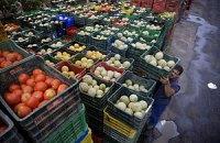 В Украине дорожают фрукты и дешевеют овощи