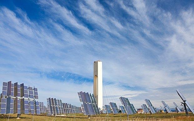 Одна из крупнейших солнечных электростанций в мире в Андалузии, Испания