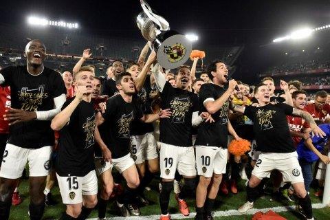 """""""Барселона"""" не смогла в рекордный пятый раз подряд выиграть Кубок Испании"""