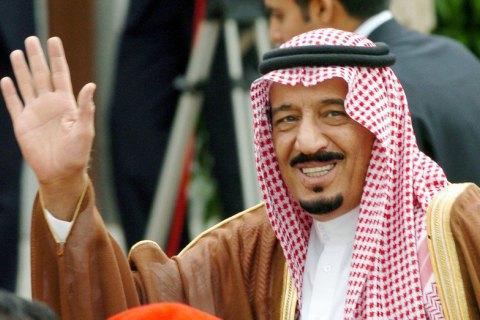 УСаудівській Аравії покарали журналіста занадмірну похвалу королю